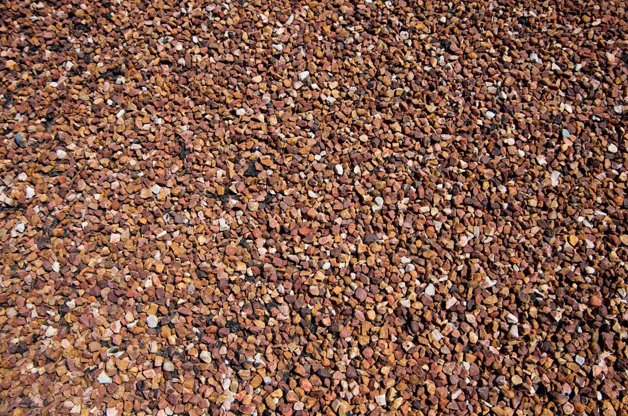 ground walnut litter