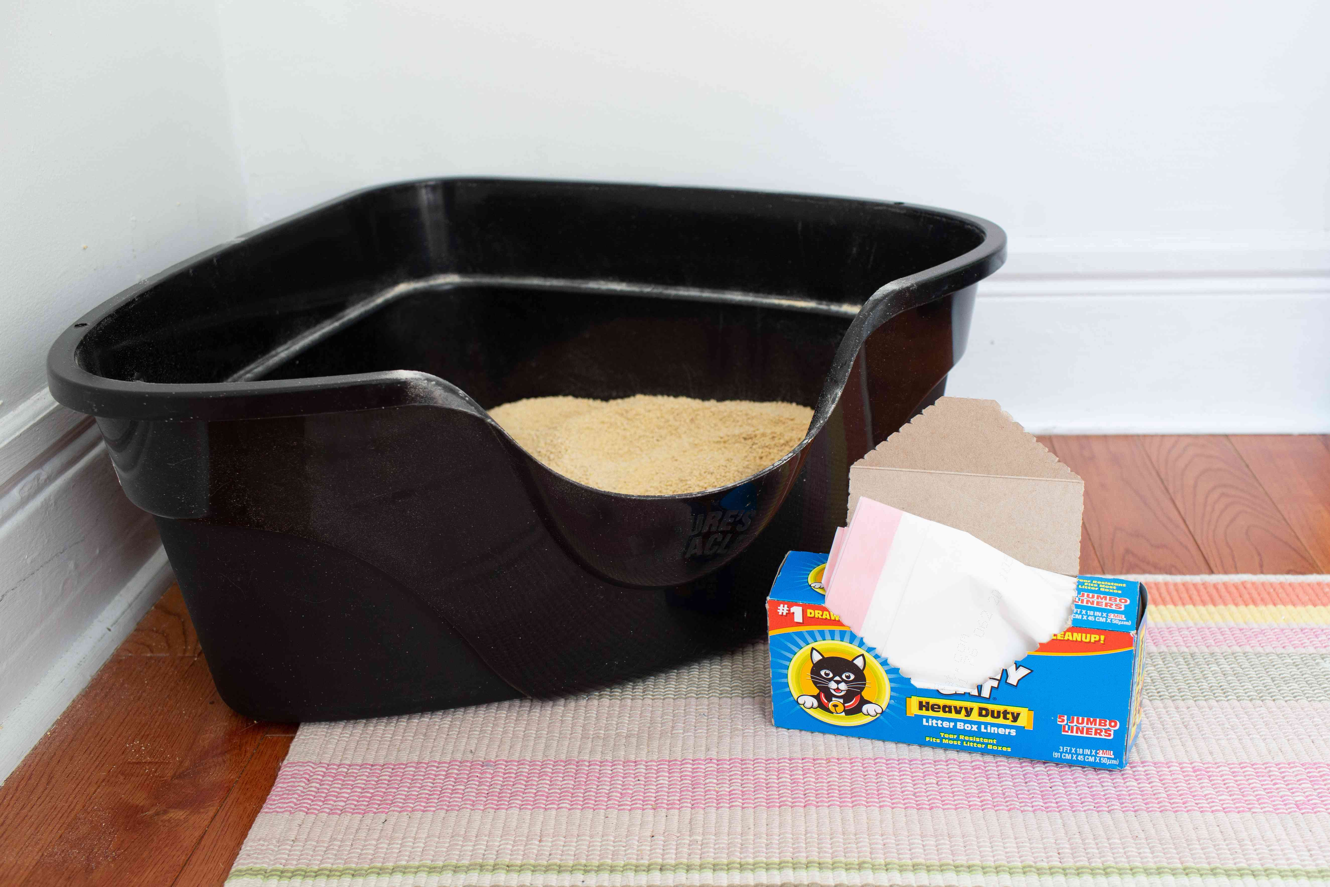 litter box and liners