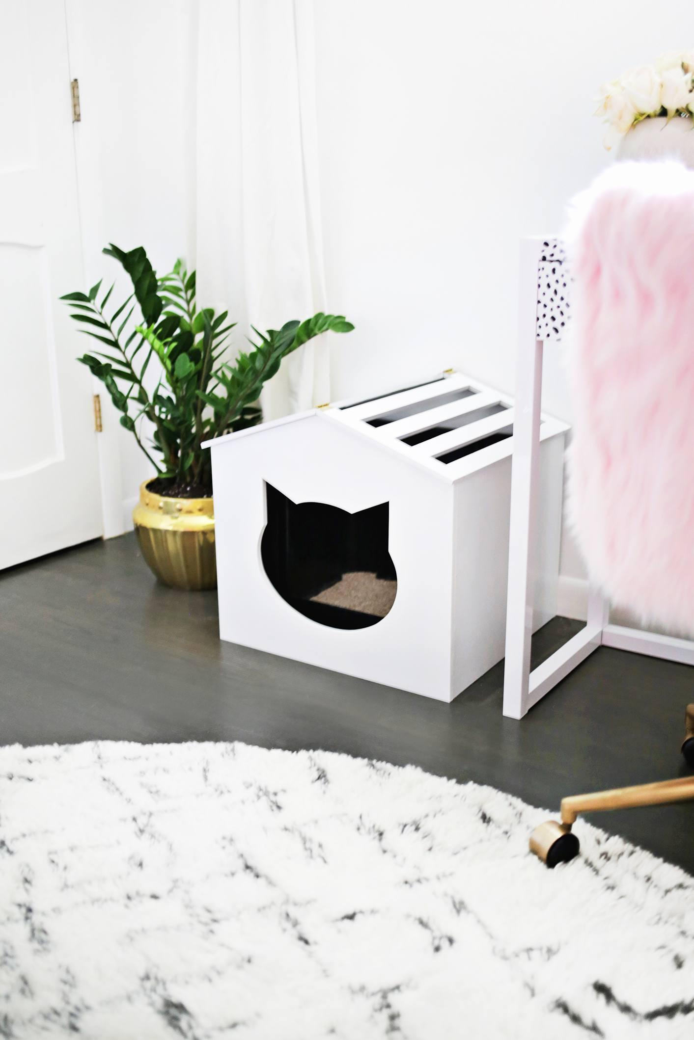 mini cat house