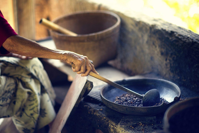 Traditional fire roasting coffee