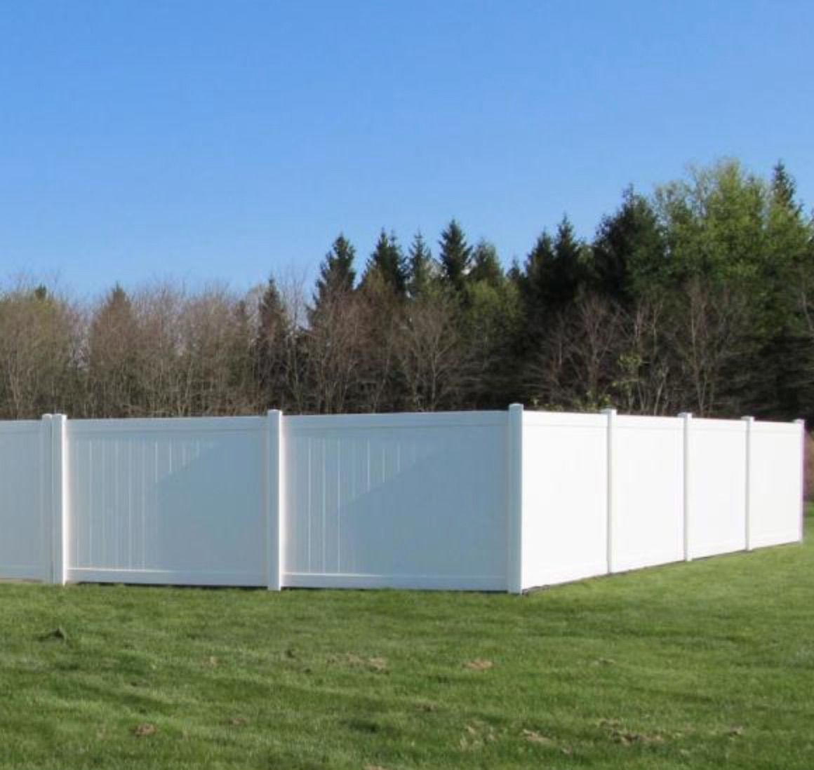 Pembroke White Vinyl Privacy Fence Panel Kit