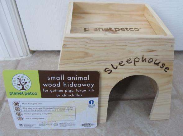 Planet Petco Wood House