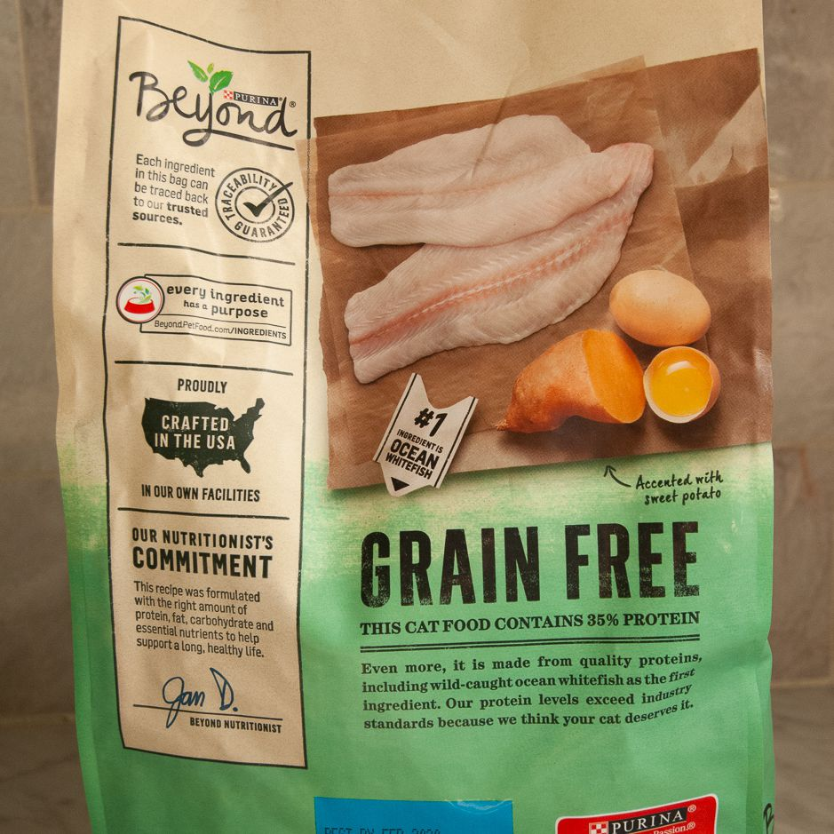 Purina Beyond Natural Grain Free Ocean Whitefish and Egg Recipe